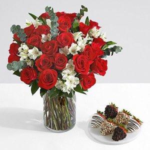 画像1: Ultimate Two Dozen Red Roses with 6 Fancy Strawberries