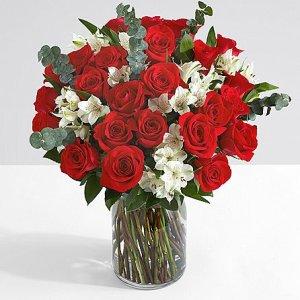 画像2: Ultimate Two Dozen Red Roses with 6 Fancy Strawberries